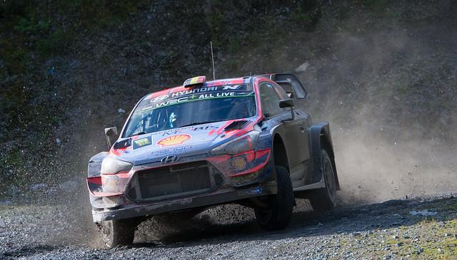 Hyundai i20 coupe WRC - Neuville