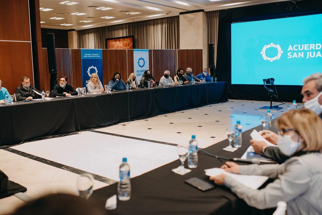 2020-07-07 PRENSA Acuerdo San Juan se reunió la mesa del sector Turismo (2)