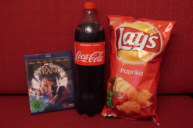 Coca-Cola und Lay's Paprika zum Film