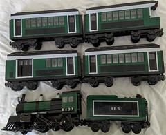 1920s Emerald Express (2-6-0) - with passenger train