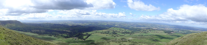 Panorama, looking north from Hay Bluff