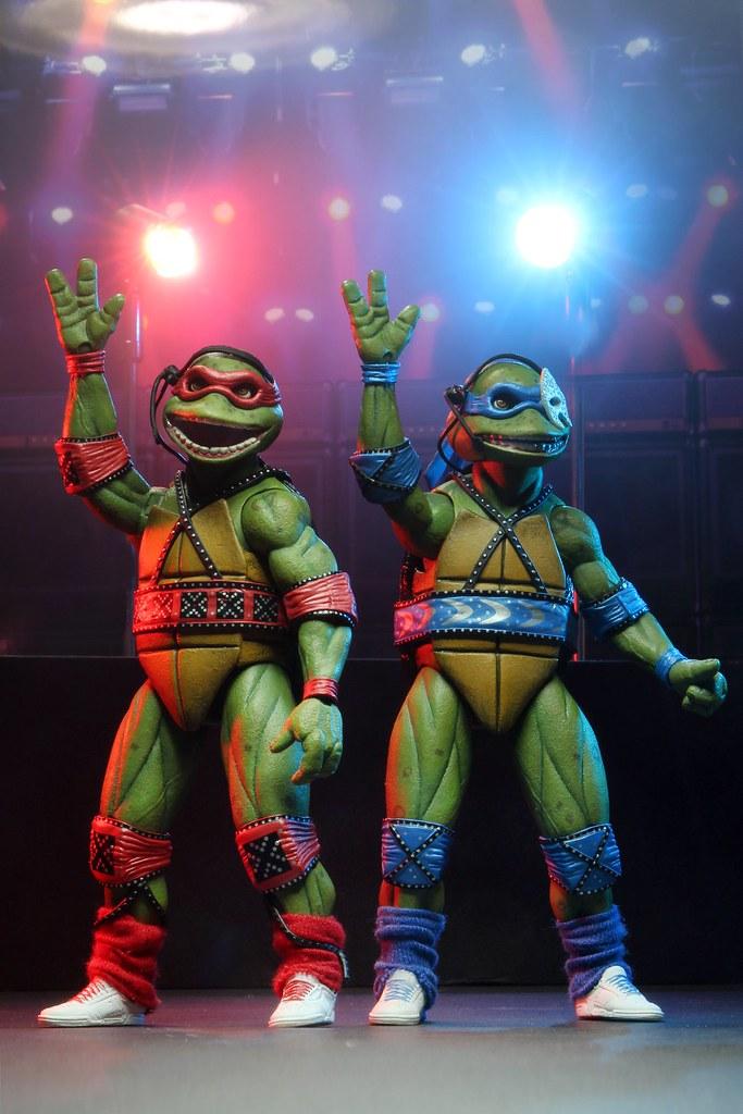 搖滾巨星造型登場! NECA《忍者龜:Coming Out Of Their Shells Tour》7 吋可動人偶套組【2020 SDCC 限定】