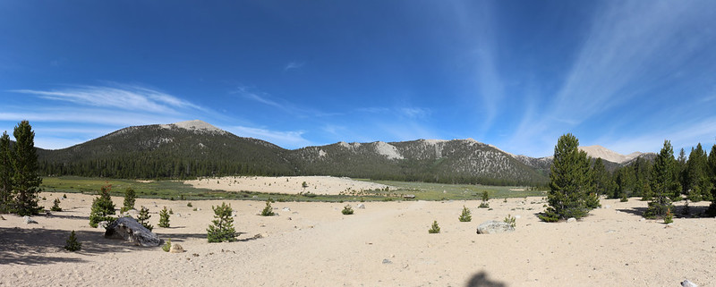 Panorama view of Horseshoe Meadow with Trail Peak (left) and Trailmaster Peak (far right)