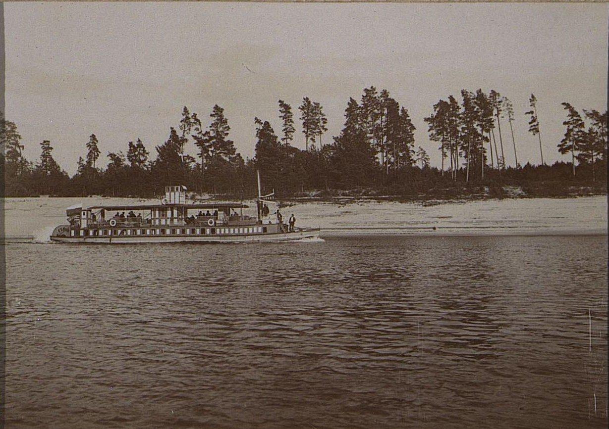 05. Корабль на воде