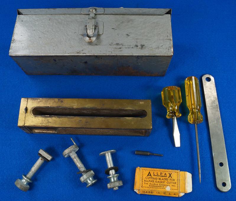 RD30393 Vintage Allpax Adjustable Extension Gasket Cutter Tool in Original Metal Case DSC08999