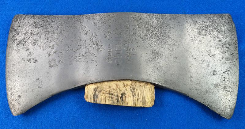 RD27168 Vintage KELLY WORKS True Temper Flint Edge Double Bit Axe Head DSC09005