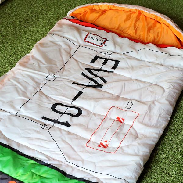 在睡夢中成為駕駛員~EVA STORE居家系列《新世紀福音戰士》初號機插入栓風格睡袋(エントリープラグ風寝袋)