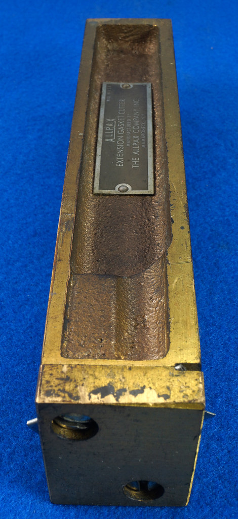 RD30393 Vintage Allpax Adjustable Extension Gasket Cutter Tool in Original Metal Case DSC09002