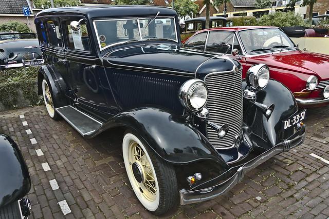 DeSoto Standard SC Sedan 1932 (3168)