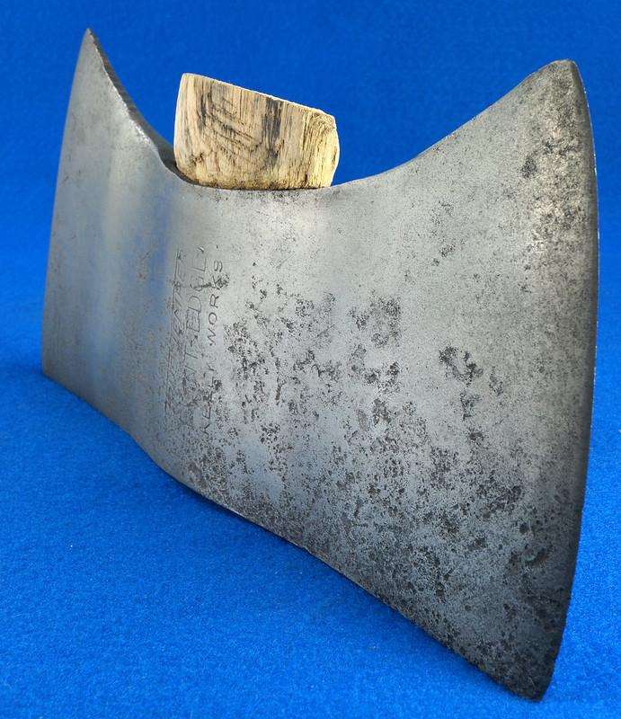 RD27168 Vintage KELLY WORKS True Temper Flint Edge Double Bit Axe Head DSC09016