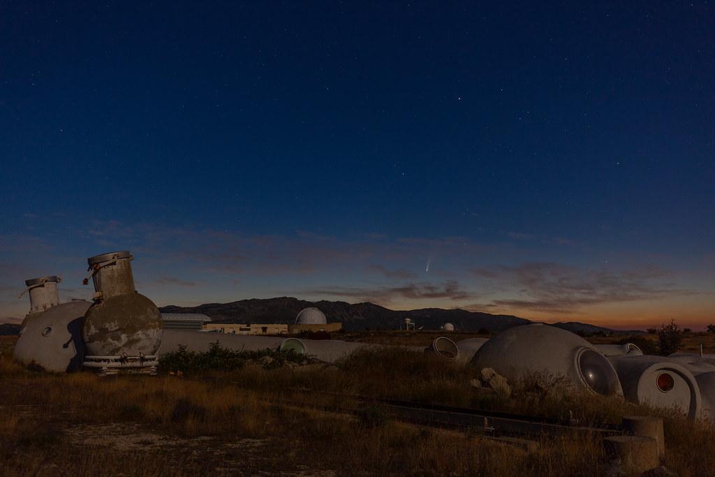 Plateau de Calern et la cométe Neowise