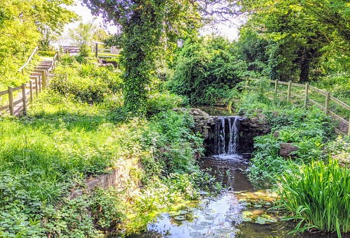 Small waterfall at Haslam Park, Preston | by Tony Worrall