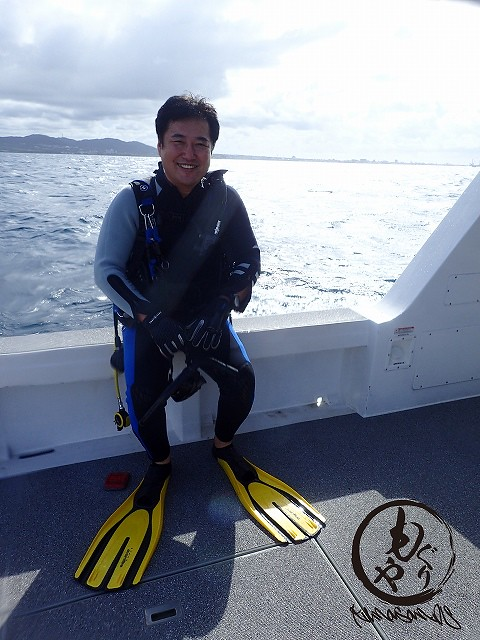 エントリー前のSさん。とても爽やかで月間ダイバーとかに載ってそう!!!