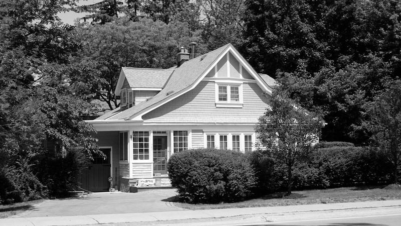 Lakeshore and Douglas House