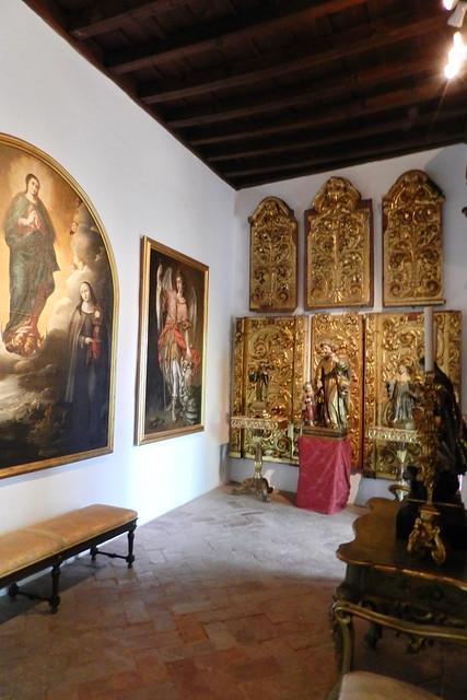 retablo capilla interior Palacio de Viana Cordoba