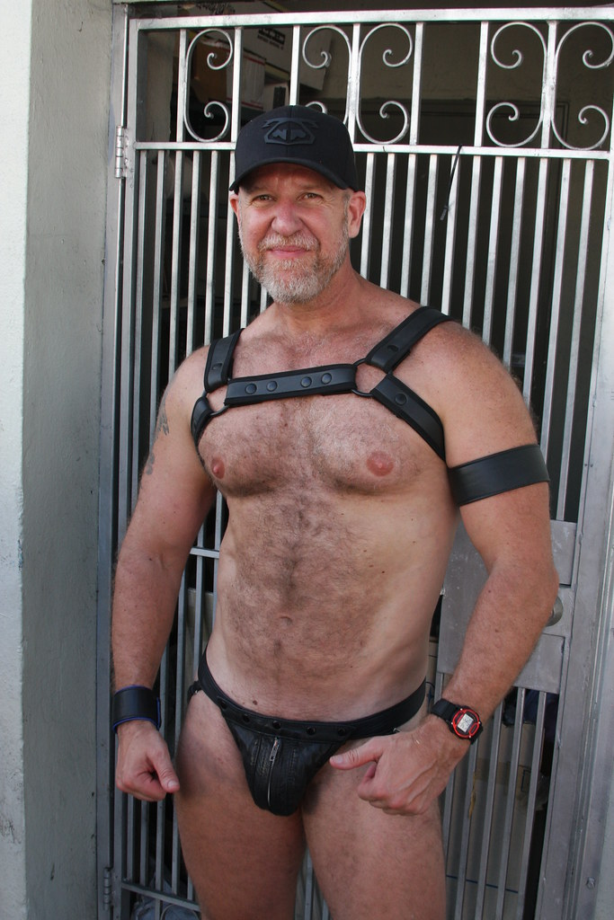 BIG BEAUTIFUL & BURLY BEARMAN ! ~ FOLSOM STREET FAIR 2017 ! ( safe photo ) (50+ faves)