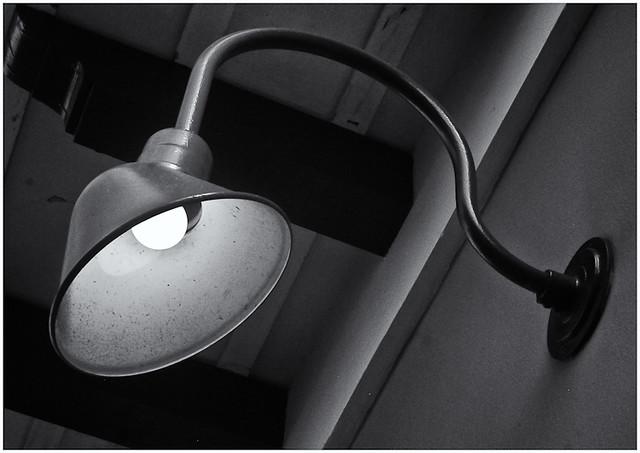 Lámpara (Lamp)