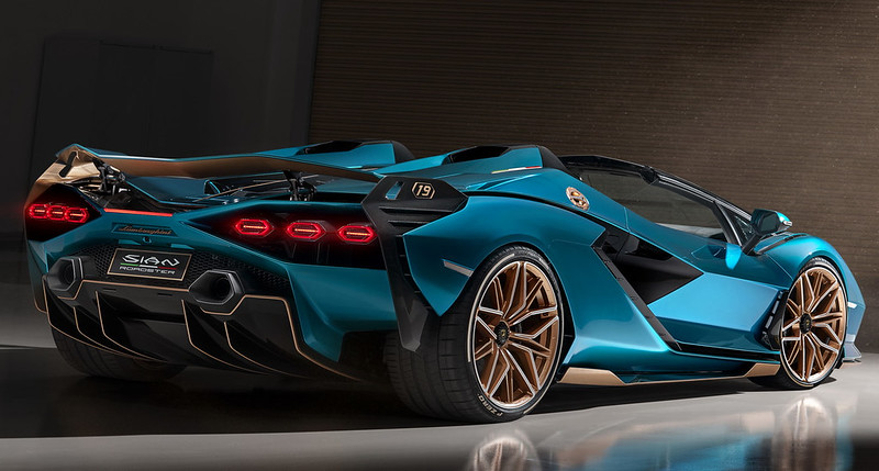 Lamborghini-Sian-Roadster-15