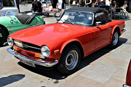triumph british 1970s sportscar tr6 giovannimichelotti coventry2016 drj486l