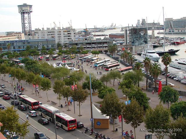 Centenari dels autobusos de Barcelona