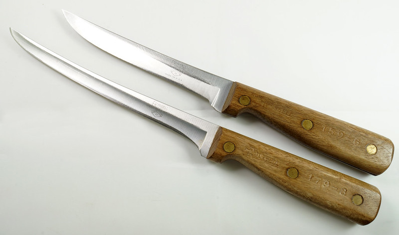 RD30591 2 Vintage Russell Green River Works USA Knives 8 Inch 179-8 & 6 inch 159-6 DSC09051