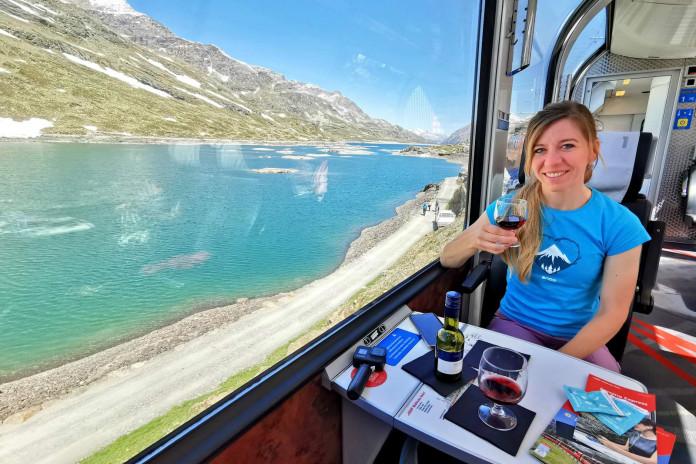 Letní tipy SNOW tour: Rhétská dráha – Bernina Expressem kolem ledovců a jezer