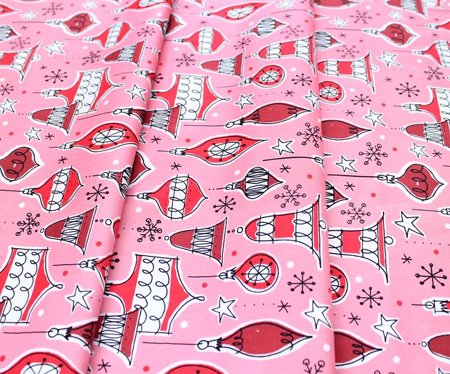 Cloud9 Fabrics Jingle Mingle 226952 Vintage Ornaments