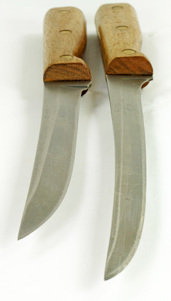 RD30591 2 Vintage Russell Green River Works USA Knives 8 Inch 179-8 & 6 inch 159-6 DSC09059