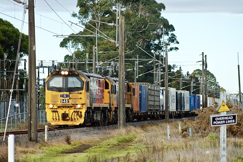 Diesels amongst electric traction paraphernalia | by SemmyTrailer
