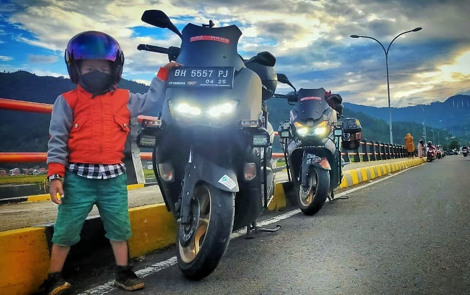 Kisah Touring ke Mekah dengan Yamaha NMax