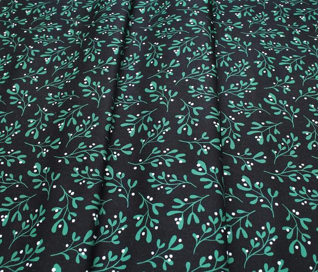 Cloud9 Fabrics Jingle Mingle 226955 Festive Foliage
