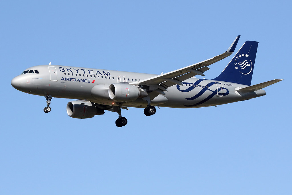AIRFRANCE / Airbus   A 320 SL   F-HEPI