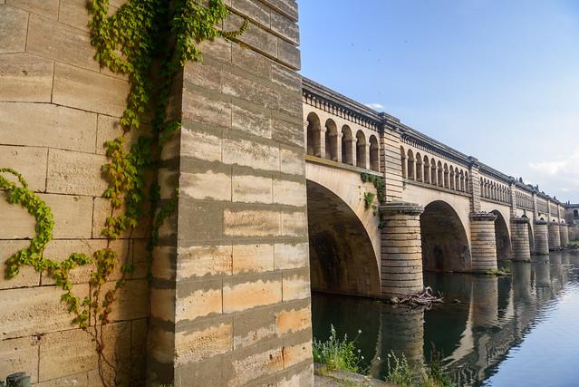 Béziers - Canal du Midi - Pont sur l'Orb