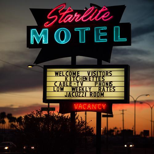arizona mesa starlitemotel usa unitedstates unitedstatesofamerica motel neon sunset fav10 fav25 fav50 fav100