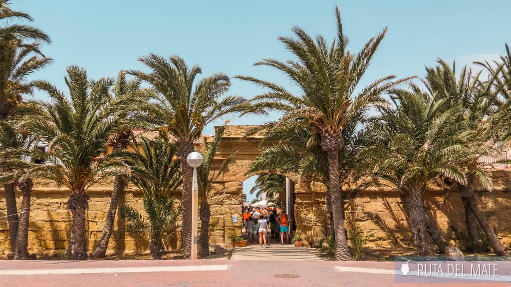 Puerta de acceso de la muralla de Tabarca
