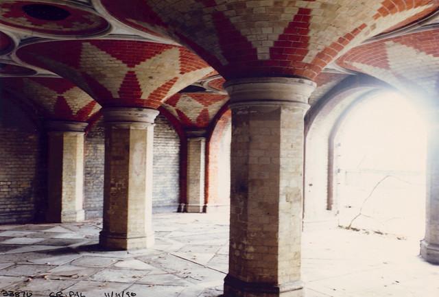 Subway, Crystal Palace, 1990TQ3371-002