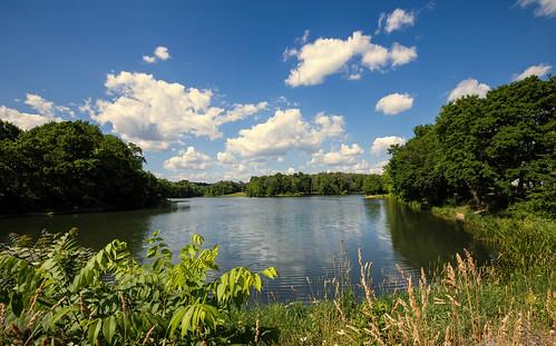 summer stoeversdampark lebanon pennsylvania park kaje trees clouds sky blue green water landscape nature outdoors ef1635mmf4lisusm canoneosr milliecruz flickrlounge weekendtheme