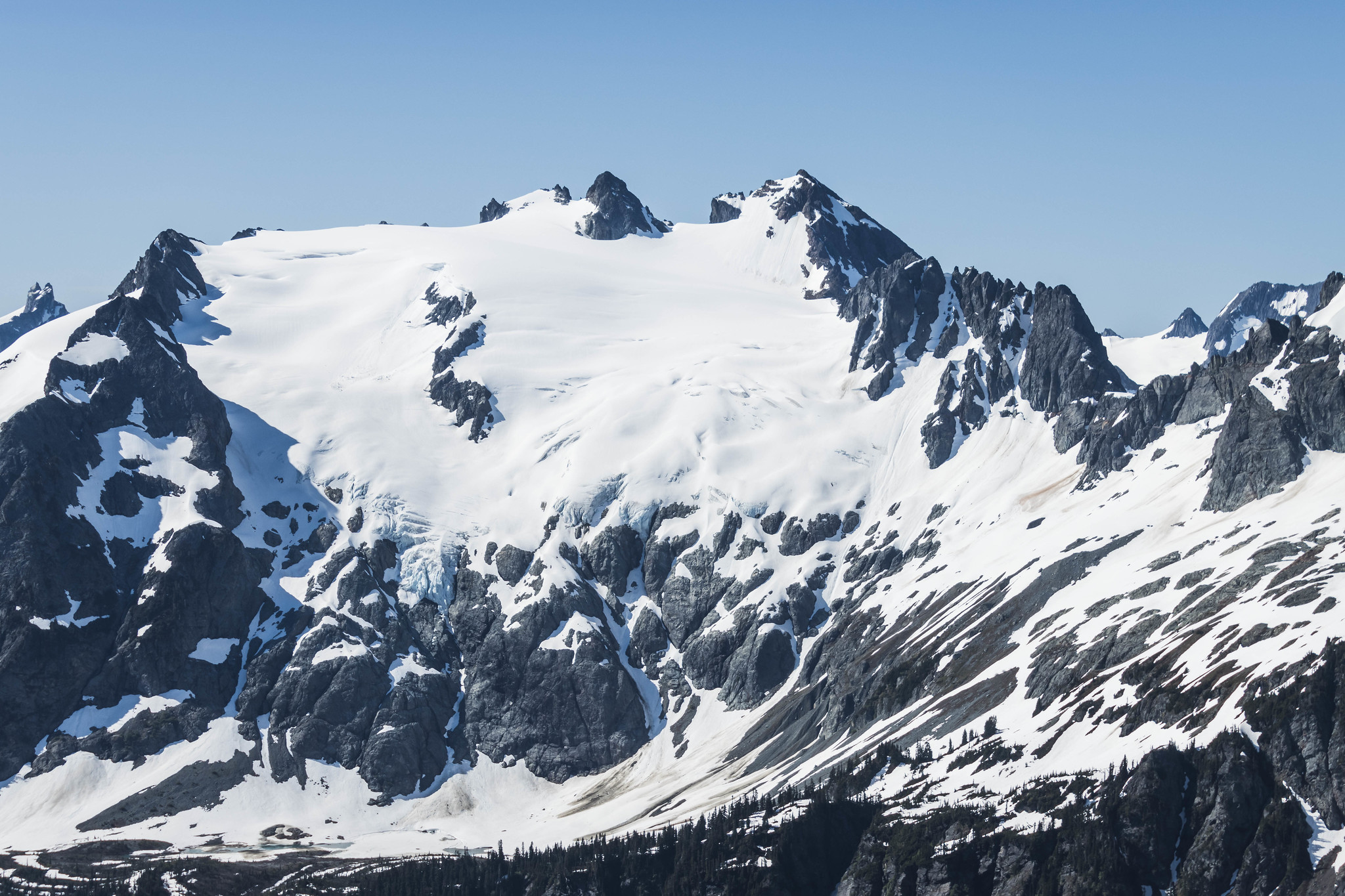 One final view of Sentinel Peak and Old Guard Peak