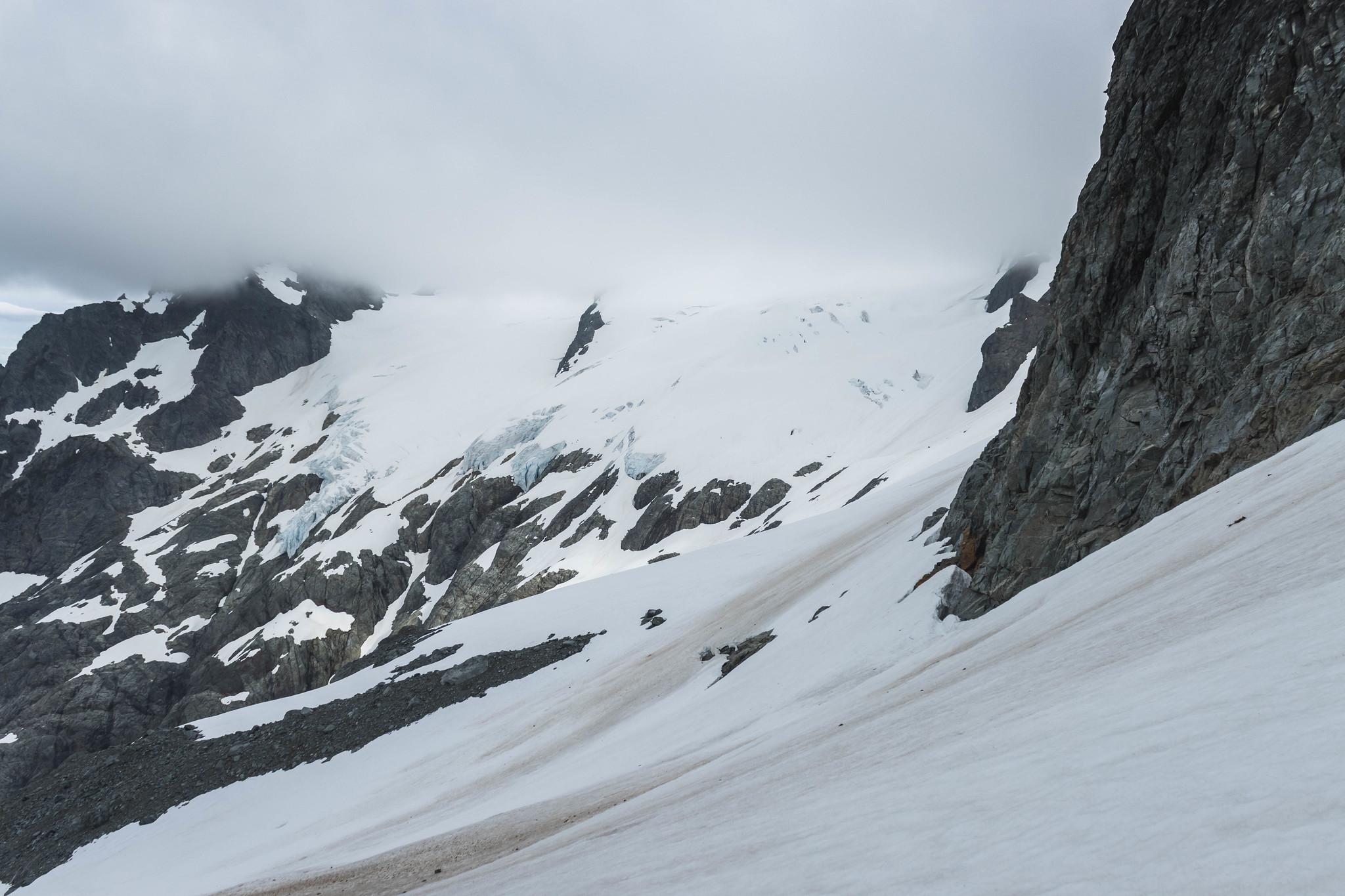 Sentinel Peak and Old Guard Peak via Le Conte Glacier