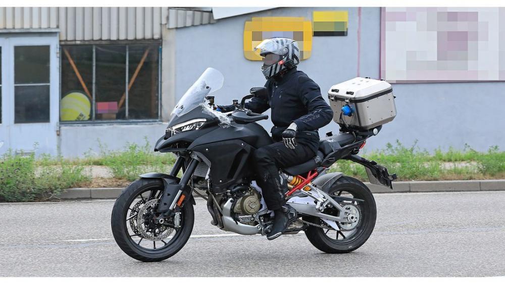 Ducati Multistrada V4 4