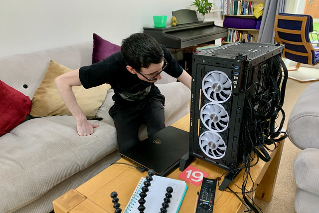 Building his own gaming PC