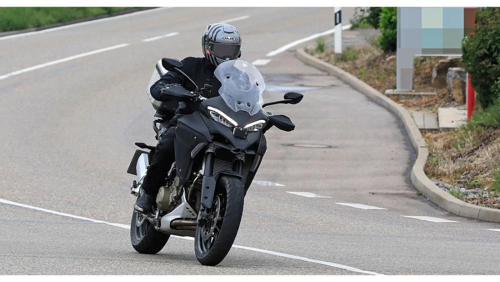 Ducati Multistrada V4 3