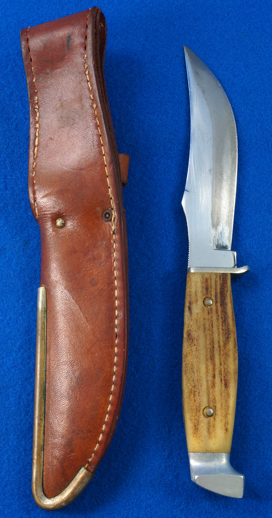 RD30609 Vintage CASE Hunting Knife Stag Handle in Leather & Brass Sheath DSC09070