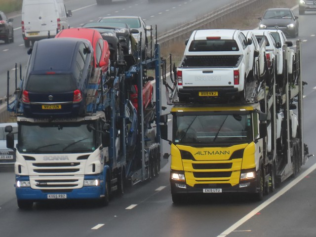 Scania, Car Transporters On The A1M Southbound