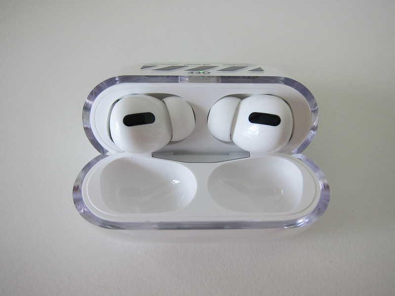 Clear Hard Plastic Case for Apple AirPods Pro - Open