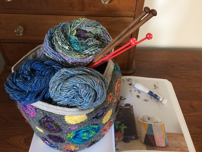 Kathy made herself a wonderful and colourful basket using punch needle and inspiration from Arounna Khounnoraj's Punch Needle book!