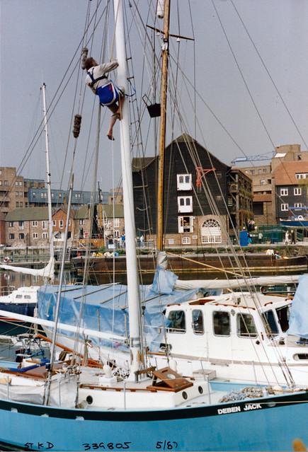 St Katherine's Dock, Tower Hamlets, 1987 TQ3380-010