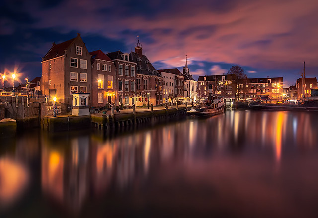 Maassluis at nightfall