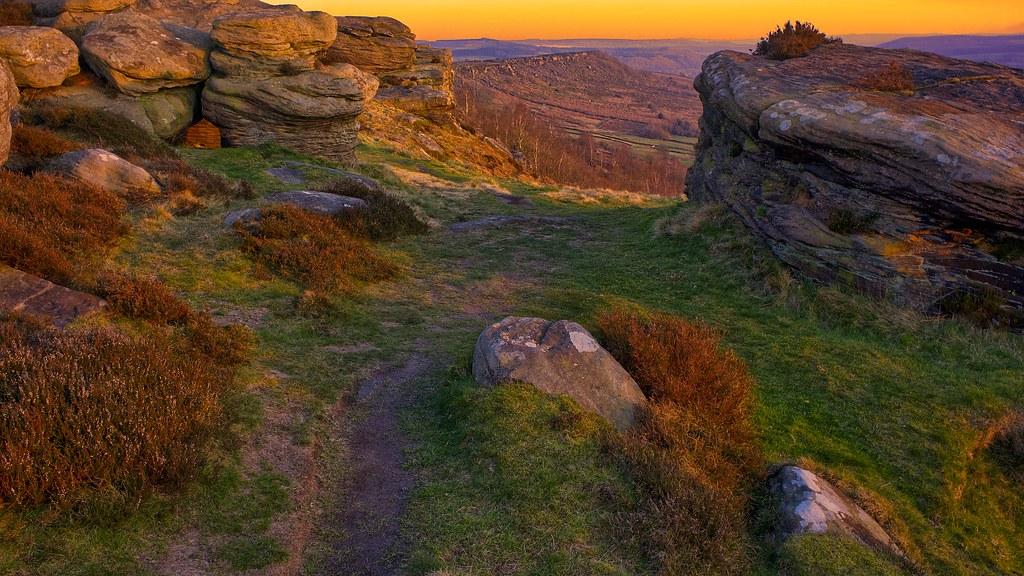 froggatt edge sunset