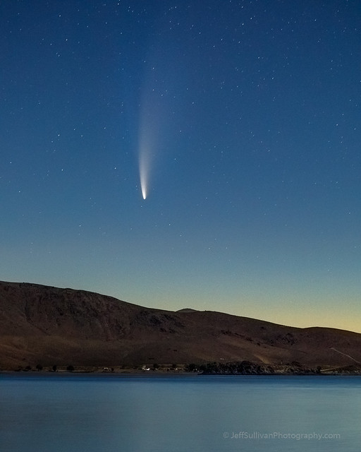Comet Neowise Rise at Topaz Lake